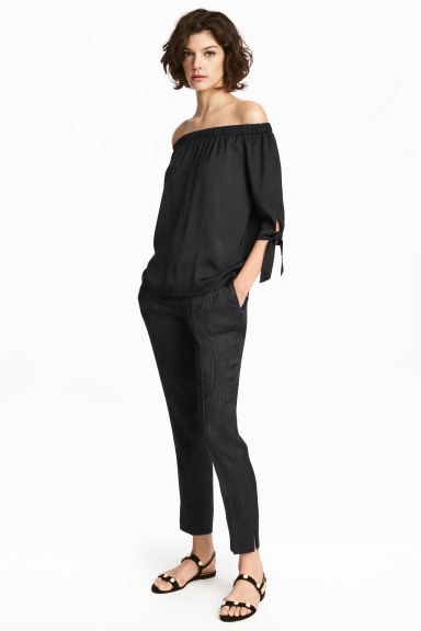 Cigarette trousers - Black/Patterned - Ladies | H&M CN 1