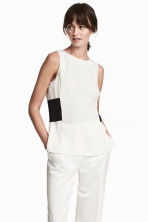 Satin crêpe top - White - Ladies | H&M CN 1