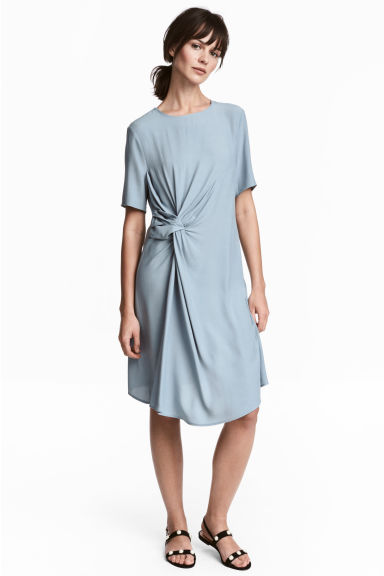 縐紗洋裝 - Blue-grey - Ladies | H&M