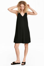 V-neck jersey dress - Black - Ladies | H&M CN 1