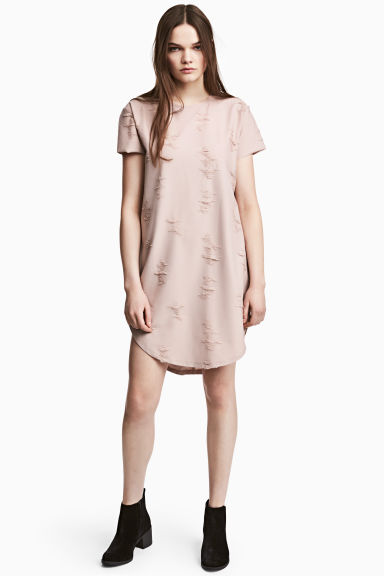 Trashed T-shirt dress - Powder beige - Ladies | H&M 1