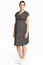 MAMA Satin dress - Black/Patterned - Ladies | H&M CN 1