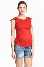 MAMA Top with flounced sleeves - Red - Ladies | H&M CN 1