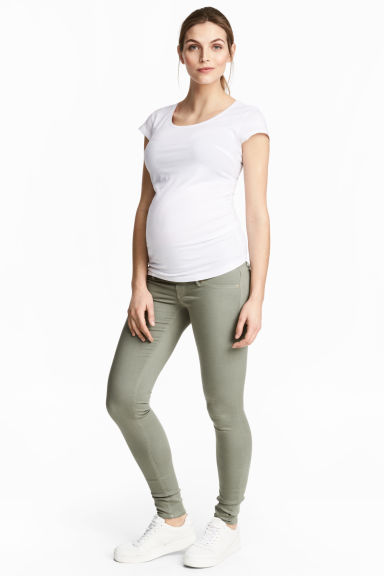 MAMA Superstretch trousers - Light khaki green - Ladies | H&M CN 1