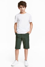 Chino shorts - Dark green -  | H&M 1