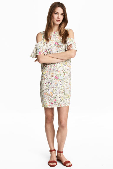 Cold shoulder dress - Natural white/Floral - Ladies | H&M CN 1