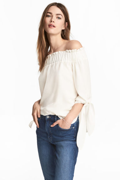 Off-the-shoulder top - White/Patterned - Ladies | H&M 1