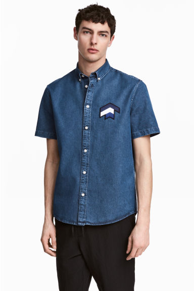 Short-sleeved denim shirt - Denim blue - Men | H&M CN 1