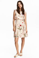 MAMA Nursing dress - Natural white/Floral - Ladies | H&M 1