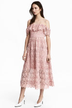 Off-the-shoulder lace dress - Light pink - Ladies | H&M 1