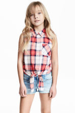 Tie-front blouse - Coral red/Checked -  | H&M 1