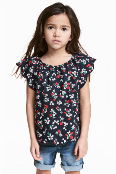 Blouse with butterfly sleeves - Dark blue/Strawberries -  | H&M CA 1