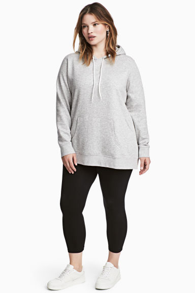 H&M+ 3/4-length leggings Model
