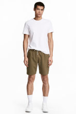 Sweatshirt shorts - Khaki - Men | H&M 1