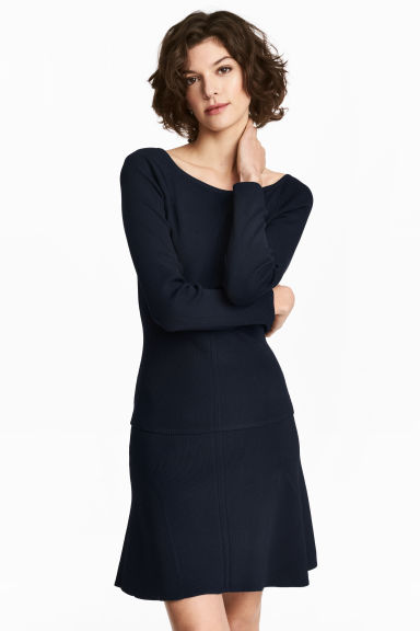 Fine-knit jumper - Dark blue - Ladies | H&M 1