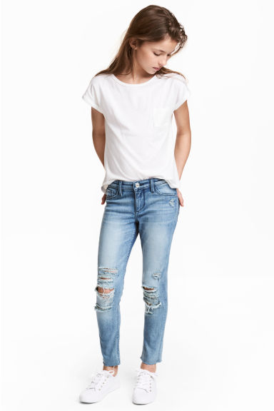 Skinny fit Worn Jeans  - Light denim blue - Kids | H&M 1
