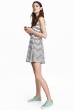 平紋洋裝 - White/Black striped - Ladies | H&M 1