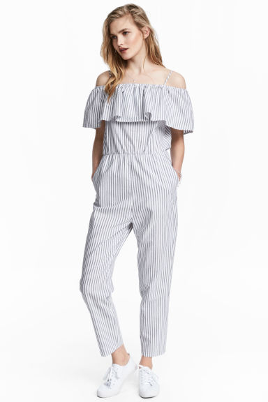 Off-the-shoulder jumpsuit Model