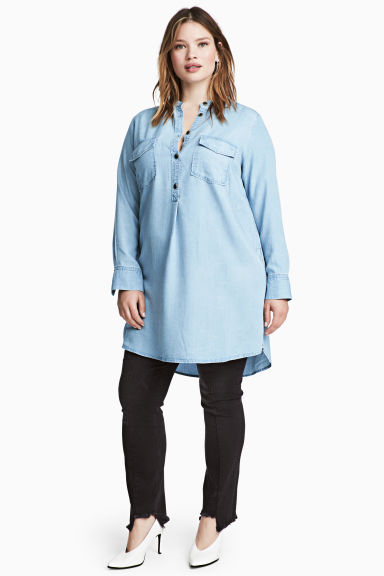 H&M+ Lyocell tunic Model