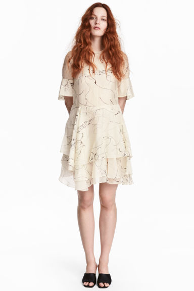 Lyocell-blend tiered dress - Lt. beige/Patterned - Ladies | H&M IE