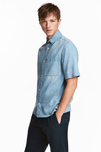 短袖丹寧襯衫 - Light denim blue - Men | H&M 1