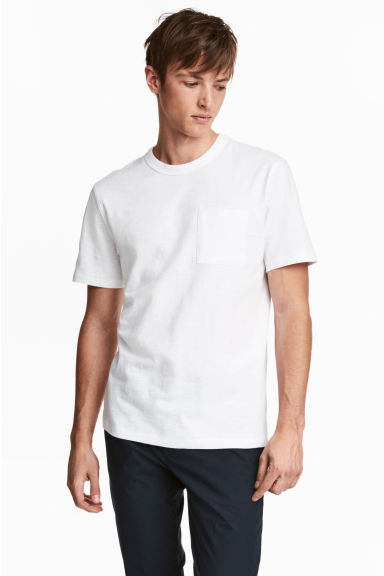 T-shirt with a chest pocket - White -  | H&M CN 1