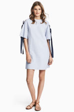 Textured dress - Light blue - Ladies | H&M 1