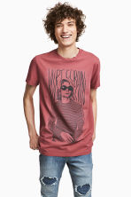 T-shirt with a print motif - Pale red/Kurt Cobain - Men | H&M 1
