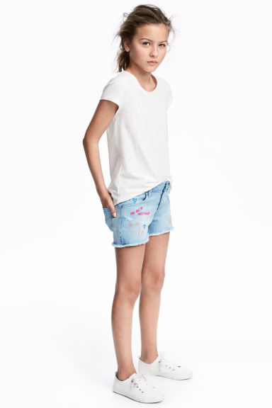 Denim shorts with embroidery - Light denim blue - Kids | H&M