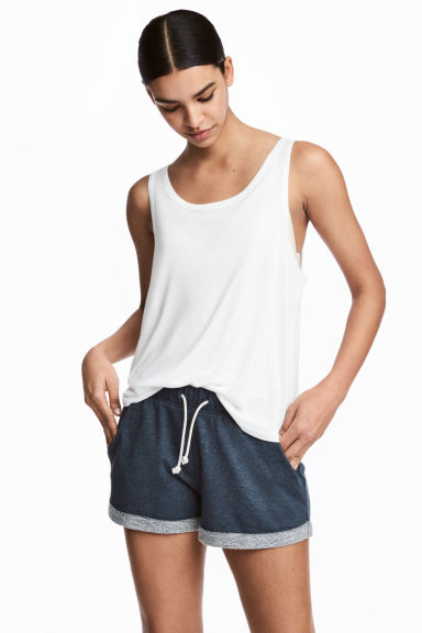 Short van joggingstof Model