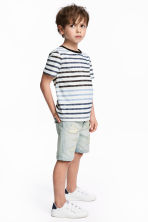 T-shirt and denim shorts - Pale denim blue - Kids | H&M CN 1