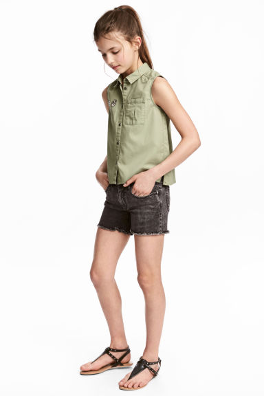 Twill shorts - Black washed out - Kids | H&M 1
