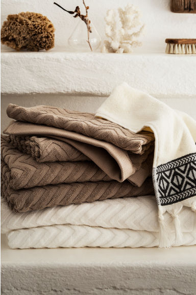 Jacquard-patterned bath towel - White - Home All | H&M CN 1