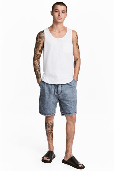 Washed cotton shorts - Blue washed out - Men | H&M CN 1