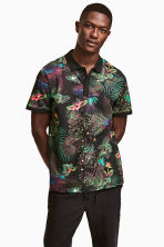 Polo shirt - Black/Patterned - Men | H&M CN 1