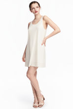 Dress with scalloped edges - Natural white - Ladies | H&M 1