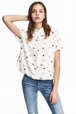 Crêpe blouse - White/Patterned - Ladies | H&M 1
