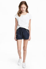 Lyocell shorts - Dark blue - Kids | H&M 1