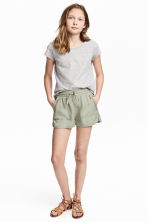 Lyocell shorts - Light khaki green - Kids | H&M 1