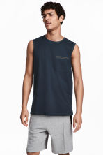 Vest top with a chest pocket - Dark blue - Men | H&M 1