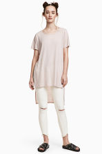 Long linen-blend T-shirt - Powder beige - Ladies | H&M 1