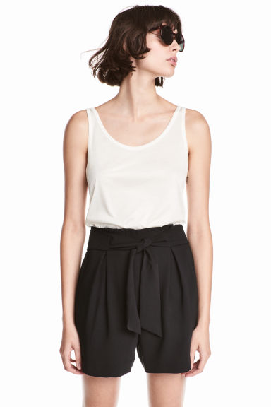 Smart shorts - Black - Ladies | H&M CN 1