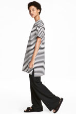 T-shirt dress - White/Striped - Ladies | H&M CN 1