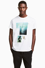T-shirt with a motif - White/Photo - Men | H&M CN 1