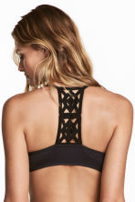 Lace-back push-up bra - Black - Ladies | H&M 1