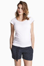 MAMA Shorts with a tie belt - Dark blue/Spotted - Ladies | H&M CN 1
