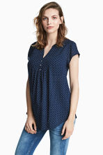 MAMA Short-sleeved blouse - Dark blue/Spotted - Ladies | H&M 1
