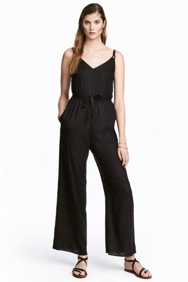 V-neck jumpsuit - Black - Ladies | H&M 1