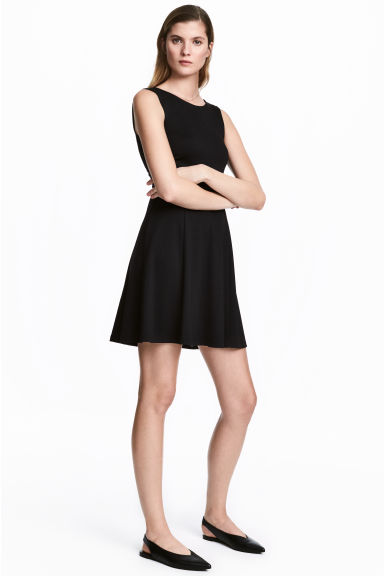Short jersey dress - Black - Ladies | H&M CN 1