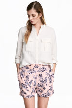 Wide shorts - Light pink/Floral - Ladies | H&M 1